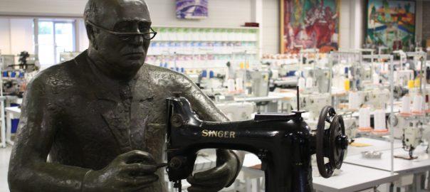 global-international-industrial-sewing-machines-jan-de-vlieger-statue